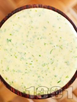 Домашна босилекова майонеза - снимка на рецептата